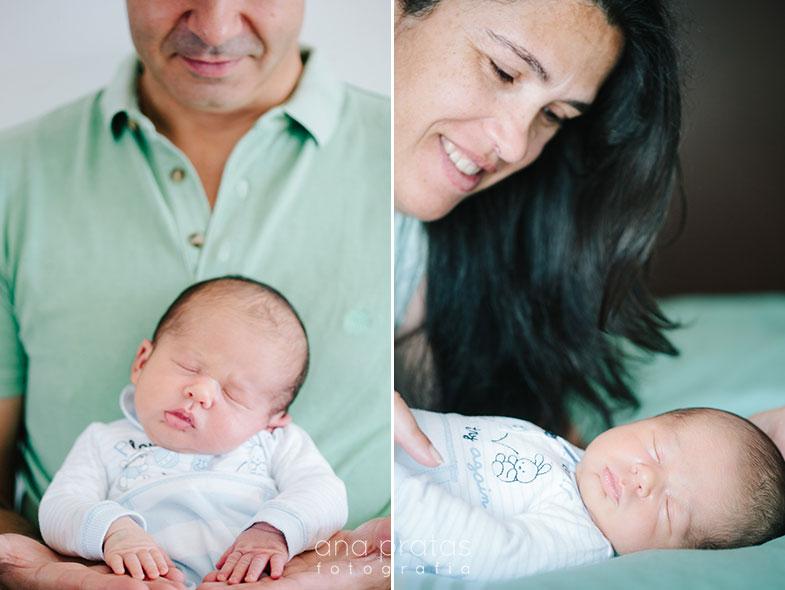 bebe recem nascido com pai e mae