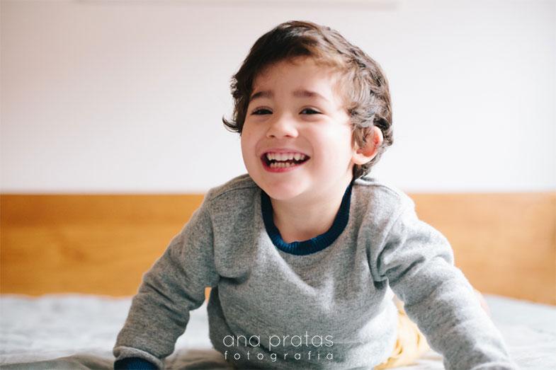 04-criança-feliz
