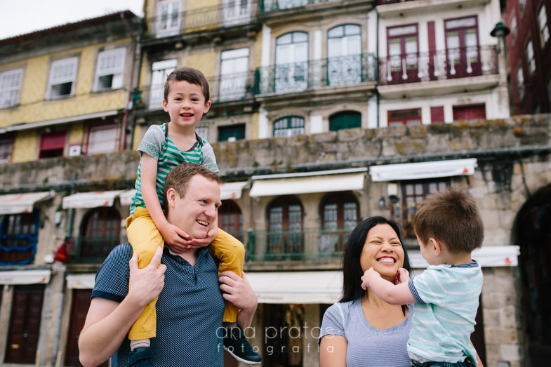 Vacation-family-session-oporto-5